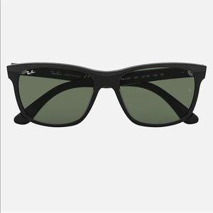 Black Ray-Ban RB4181 Sunglasses Polarized Lens
